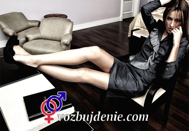 Юбки и блузы – самая сексуальная одежда для девушки